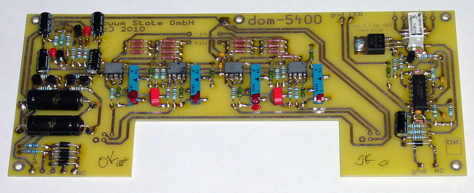 Balanced Audio Module, installed below digital board at rear right of player