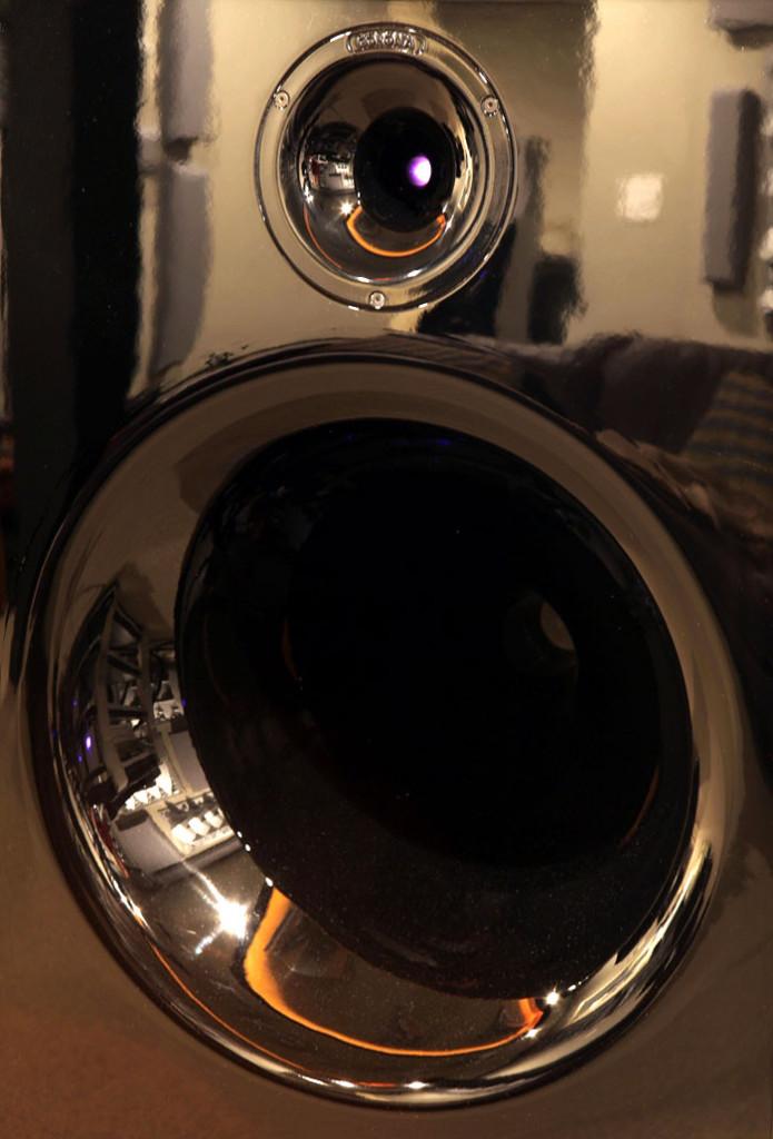 Spotlight-Aaudio-2010-11-LA2