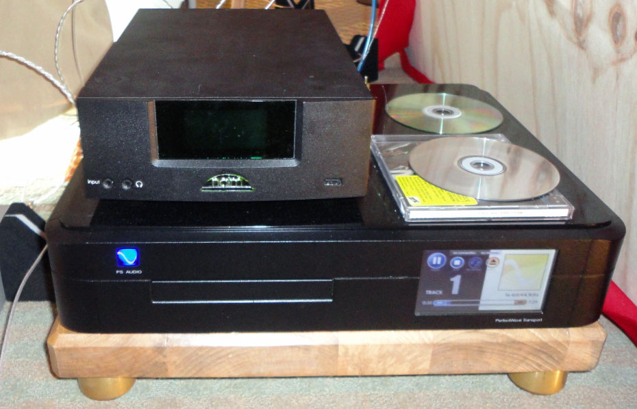 PS Audio Perfect Wave Transport with Naim Unitiqute