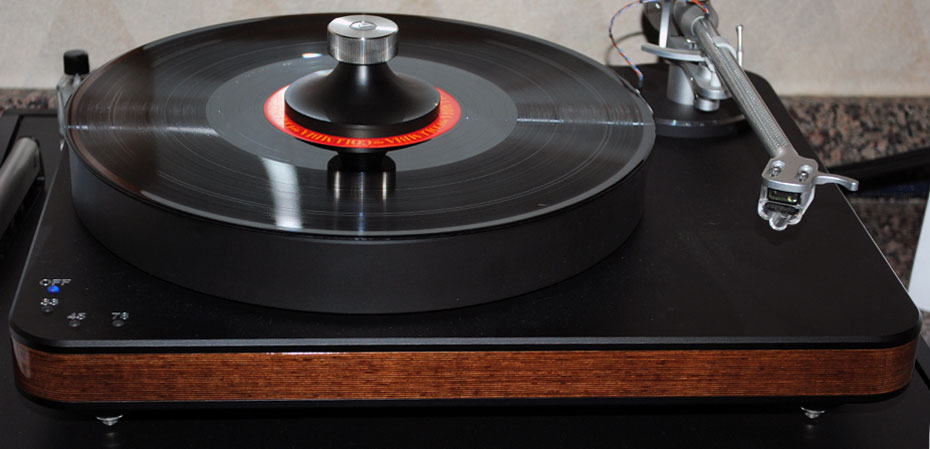 Clearaudio Ovation Wood turntable with Clarify tonearm