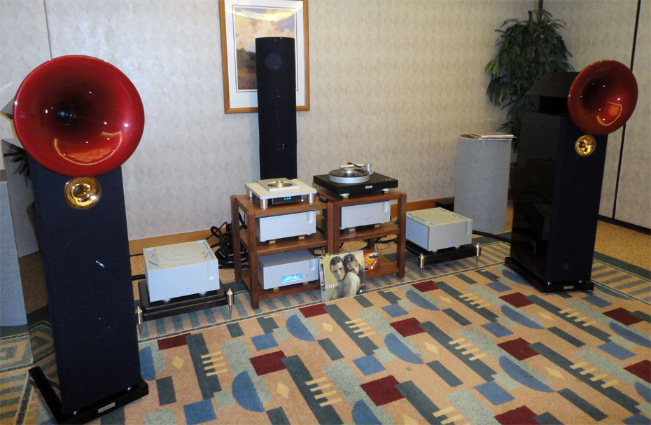 Acapella High Violoncello II Speakers, fronted by Bergman magne Turntable and Tonearm, Ypsilon CDT-100 Cd Transport/Player, DAC-100 Valve DAC, PST-100 MkII Valve Preamp and AELIUS Push Pull Mono Amps
