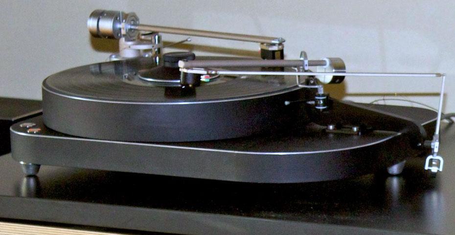 2011RMAF-VI-11