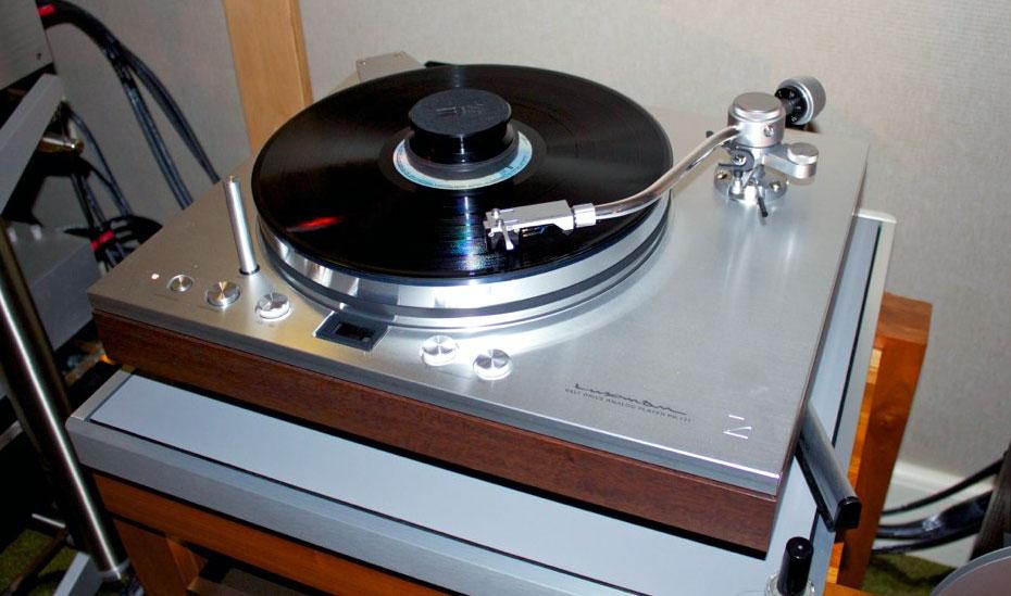 2011RMAF-VI-4