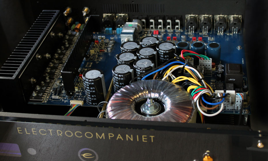 Electrocompaniet ECI-5 MkII solid-state integrated amplifier