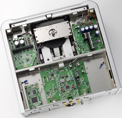 inside the Esoteric P-02 SACD/CD transport