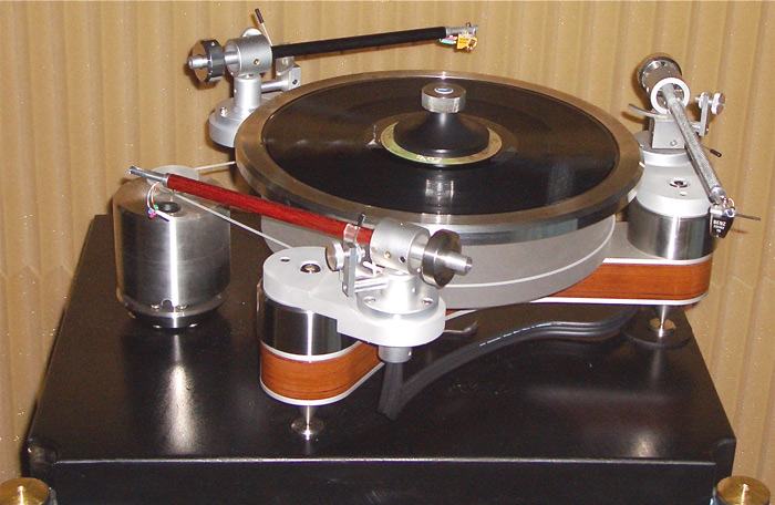 Clearaudio Carbon Fiber, Satinee Wood, and Ebony Tone Arms
