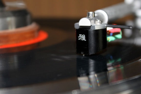 Miyabi Standard moving-coil cartridge