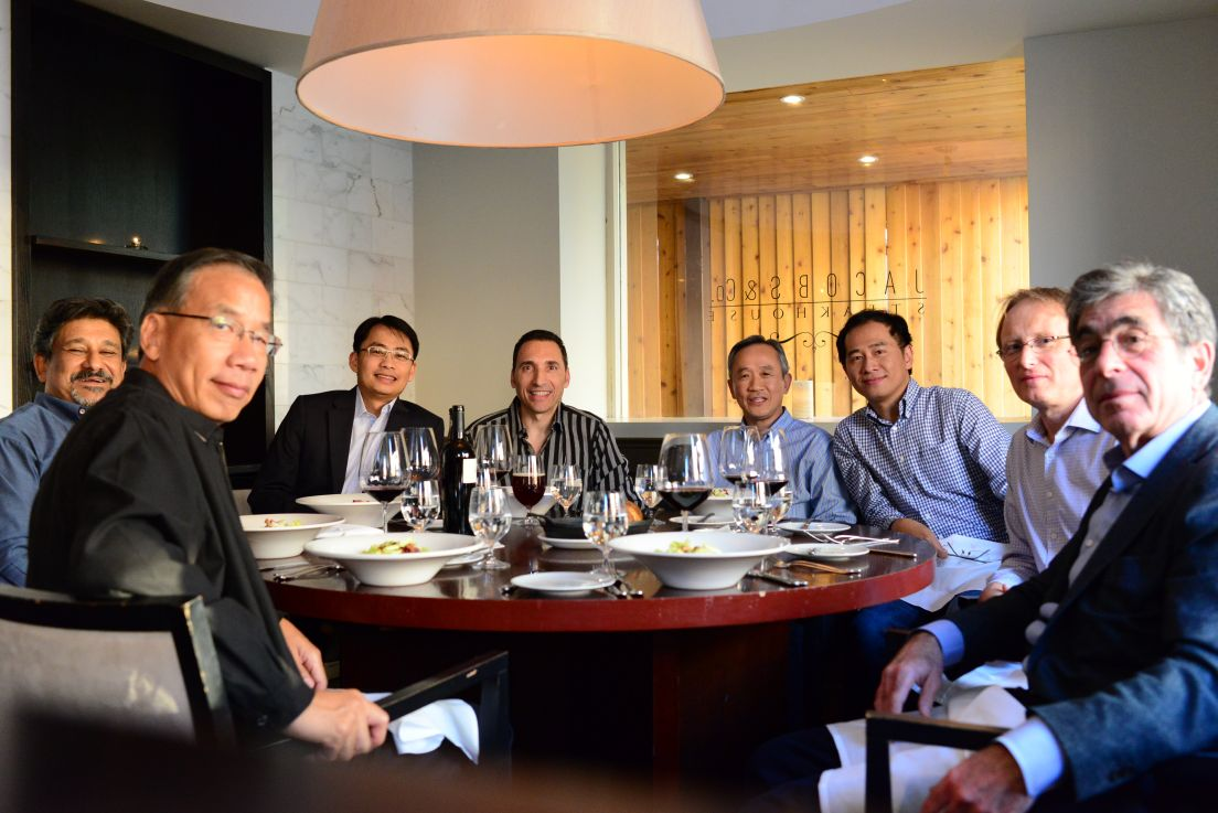 (Richard H. Mak of Dagogo.com, Lawrence Lock of Dagogo.com & HI FI Review Magazine, together with Darren Censuello of Avatar Acoustics, and members of the GTA Audiophile Club at Jacob's Steak House in Toronto.)