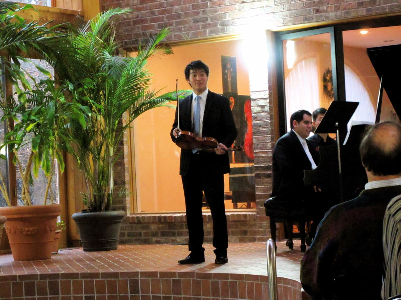 Sony recording artist Ray Chen, winner of the Queen Elisabeth Competition 2009, with Julio Elizalde at the piano