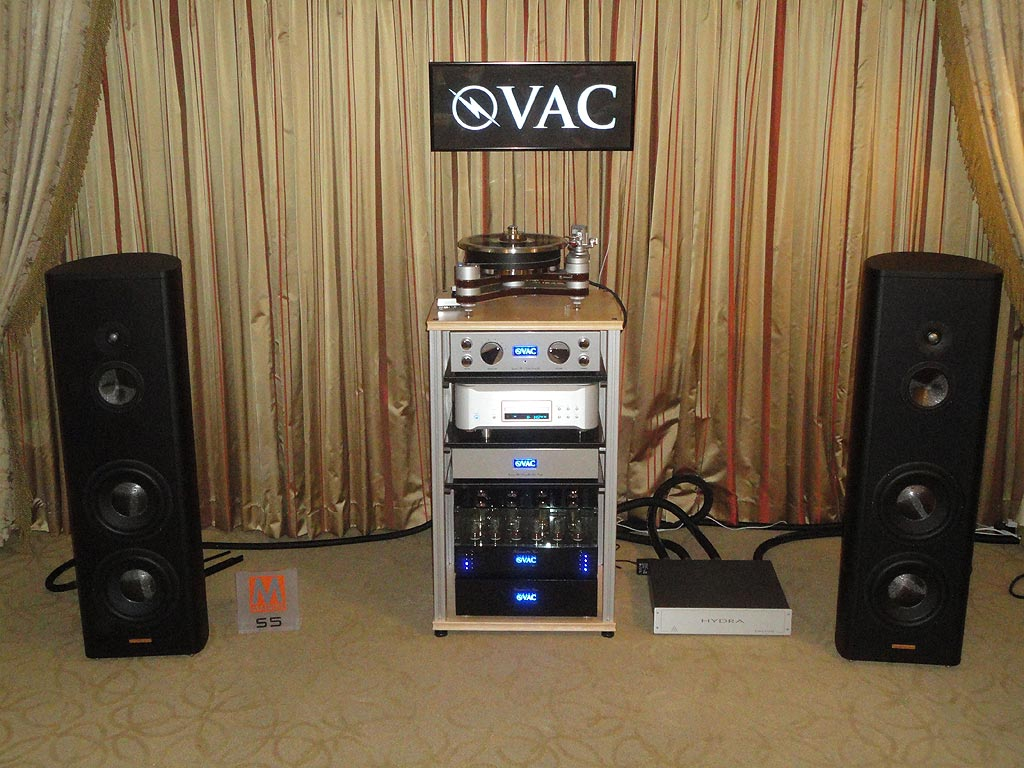 VAC system with Esoteric K-01 CD/SACD Player/DAC and Magico S5 Speakers