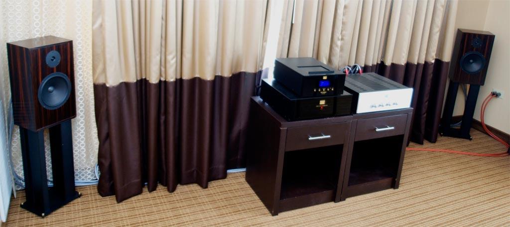 Audio Note UK at AXPONA 2013