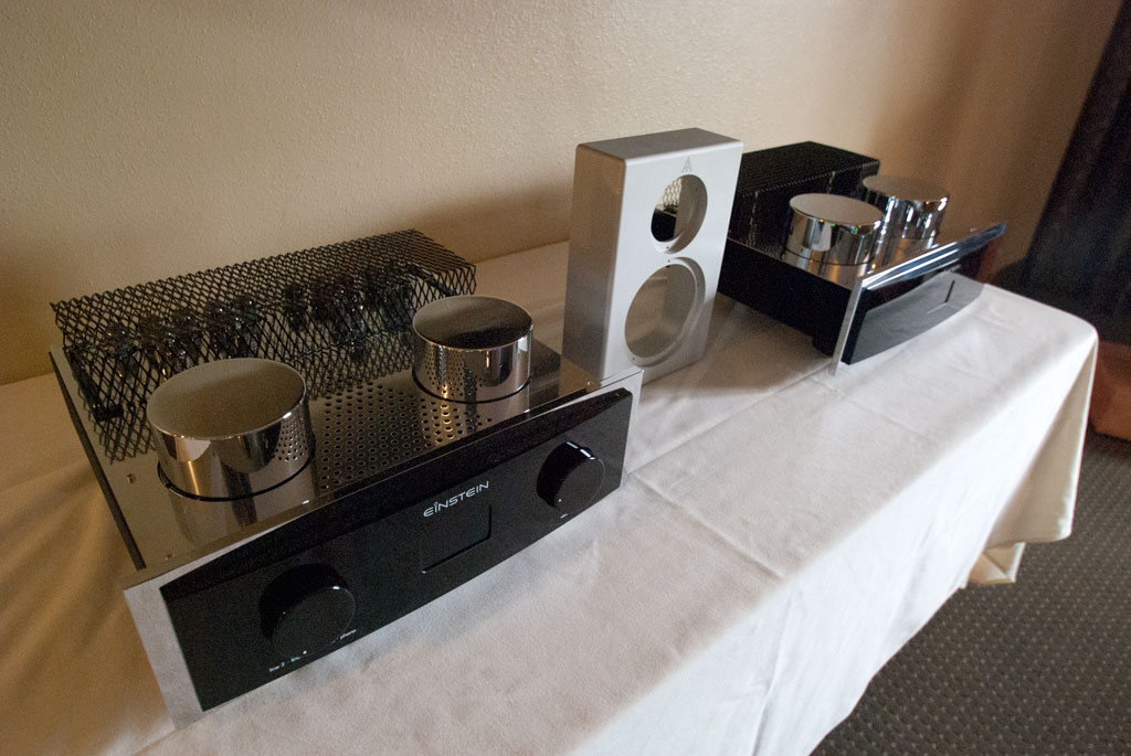 Einstein Audio and AudioMachina