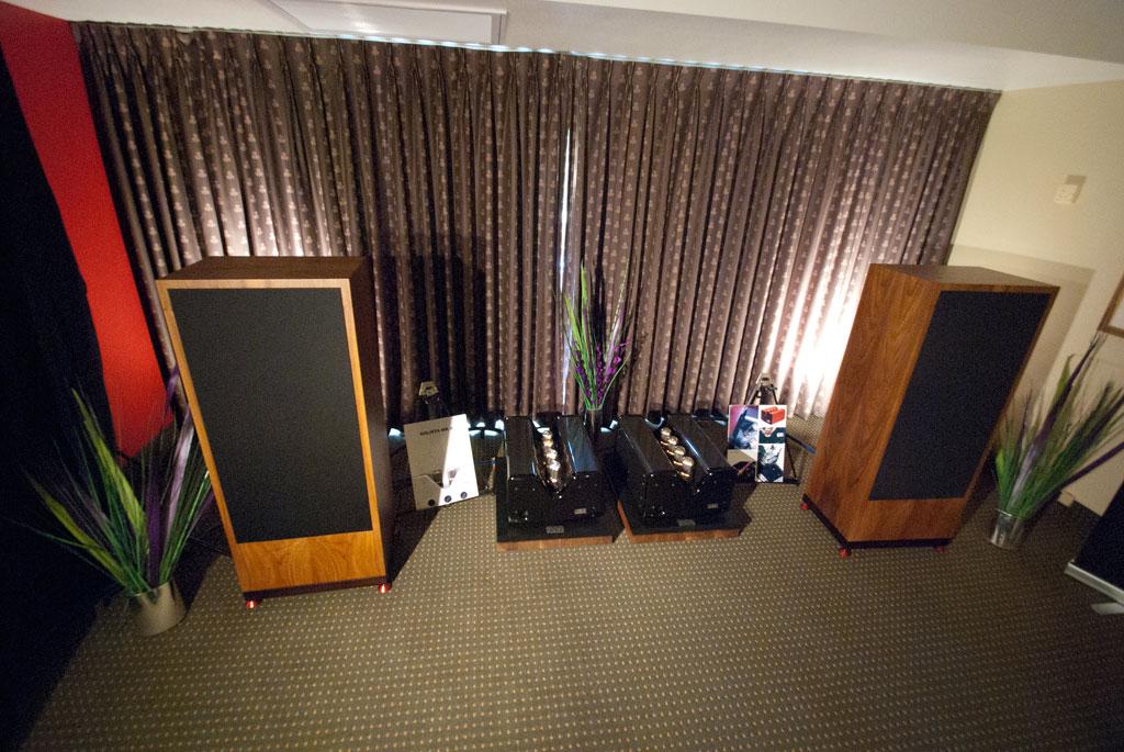 Produndo System - Viva Audio Aurora monoblocks ($43,500) Trenner & Friedl Isis Loudspeakers ($40,000)