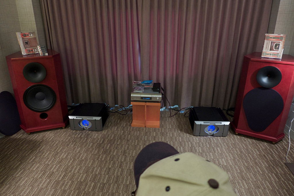 Linn Audio beautiful looking and sounding speakers built hear in the Bay Area. Hope to review these soon!