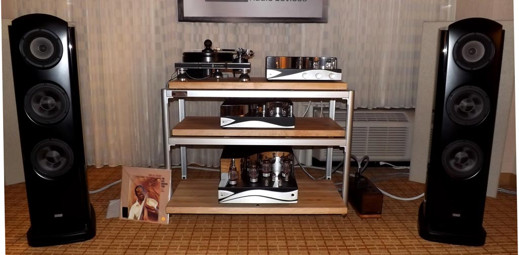 Merrill-Williams R.E.A.L. 101 turntable, Tri-Planar Ultimate II tonearm, Dynavector XX2 mk II phono cartridge, and the wonderful TAD Evolution One speakers
