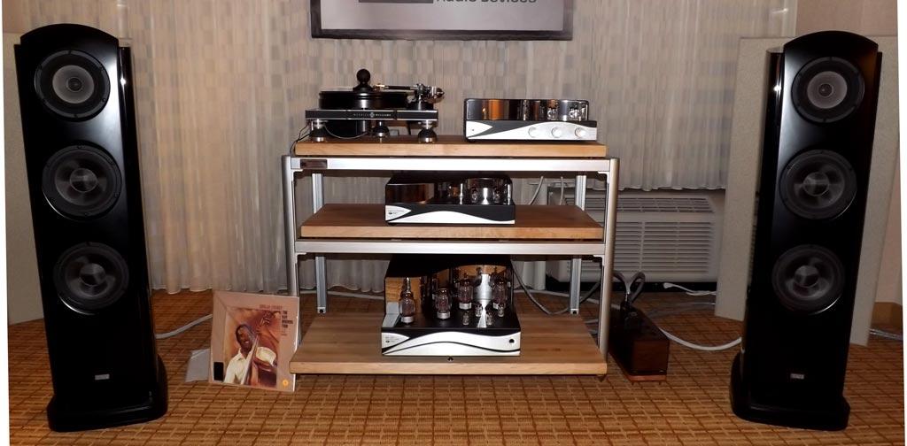 Merrill-Williams R.E.A.L. 101 turntable, Tri-Planar Ultimate II tonearm, Dynavector XX2 mk II phono cartridge, and the wonderful TAD Evolution One speakers