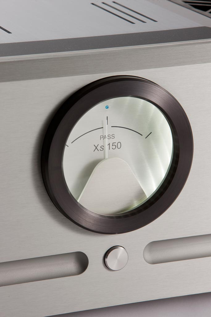 Pass Labs Xs 150 Monoblock Amplifiers meter close up
