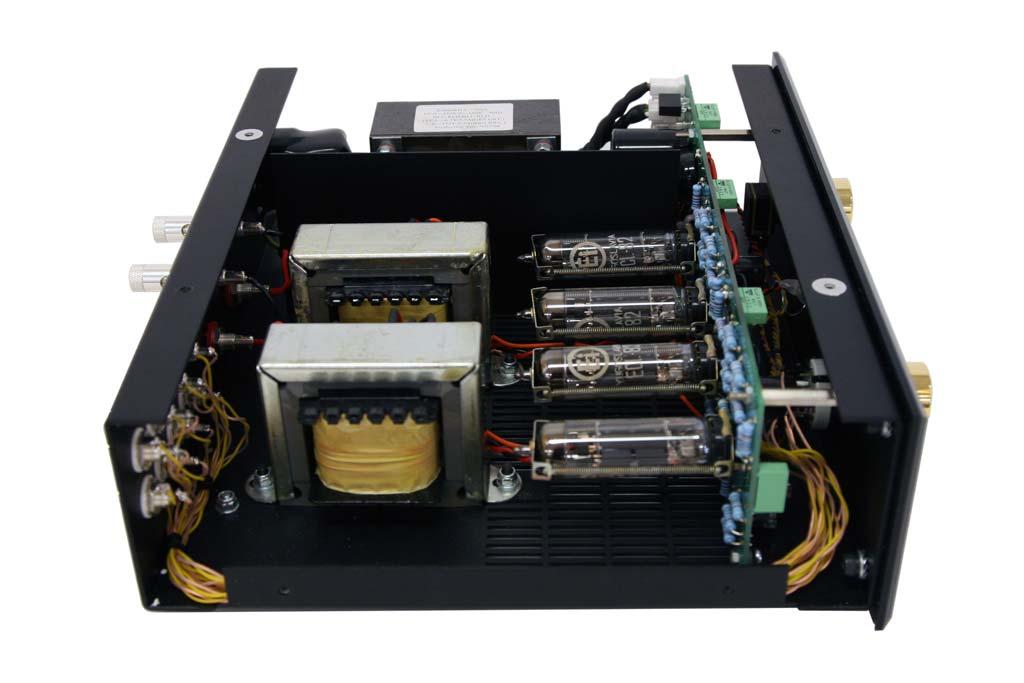 Audio Note UK IZero Integrated Amplifier Tube Amplifier Inside View