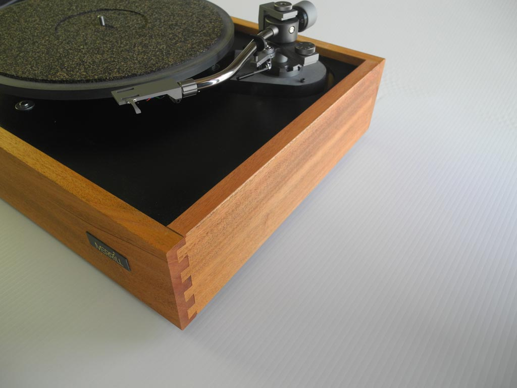 The Merrill Replica ES-R1 Turntable Review