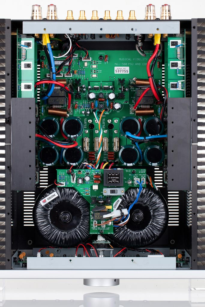 Musical Fidelity M6 500i  Integrated Amplifier inside view