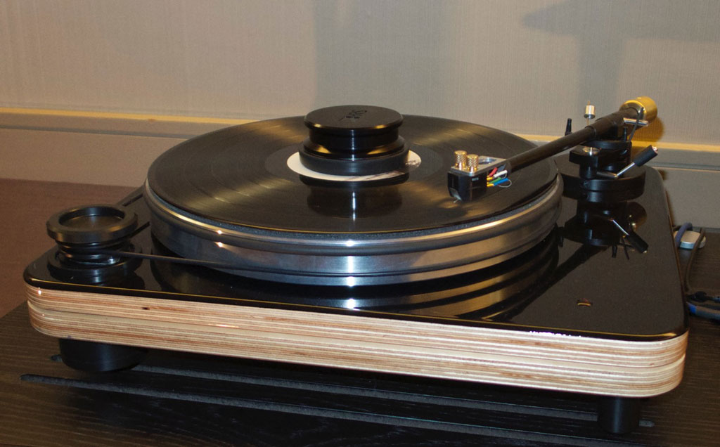 a second Pear Turntable
