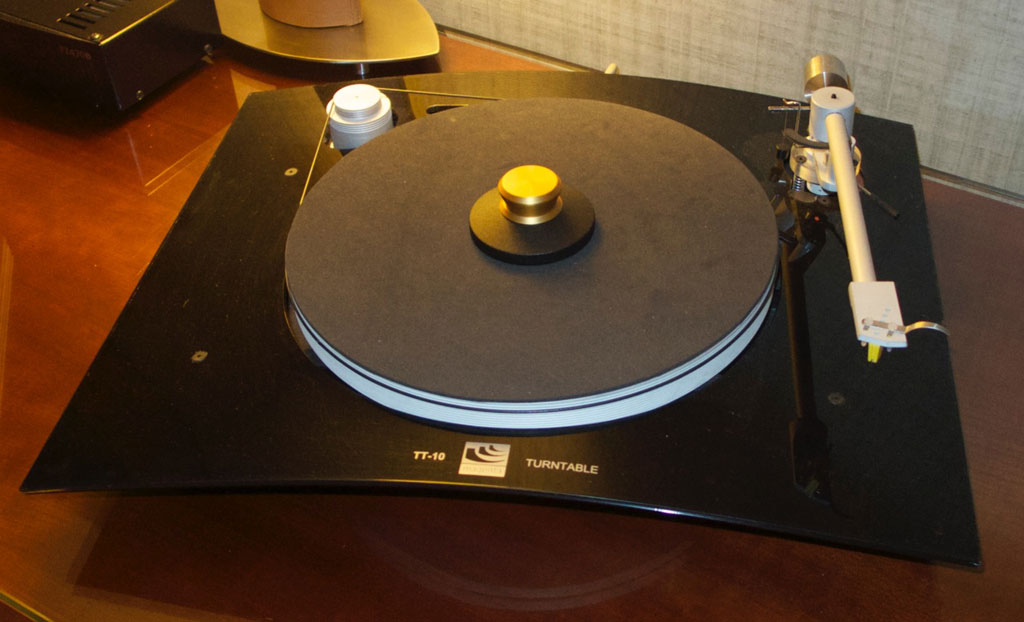 Margules Torna Turntable