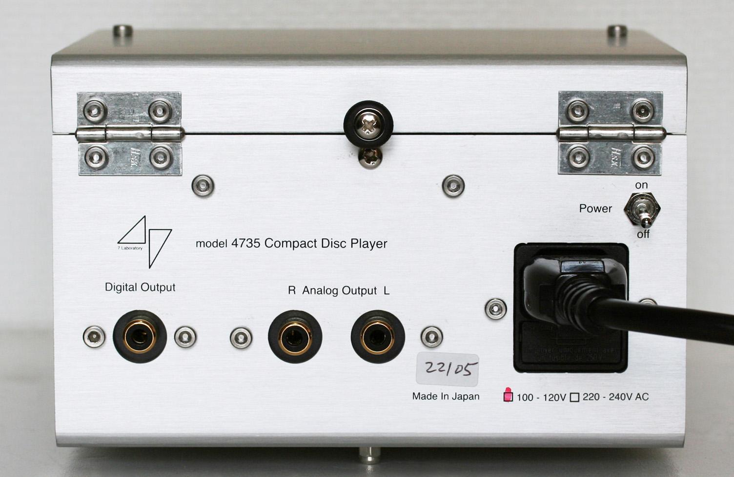 47 Labs: Model 4735 Midnight Blue CD Player Rear panel