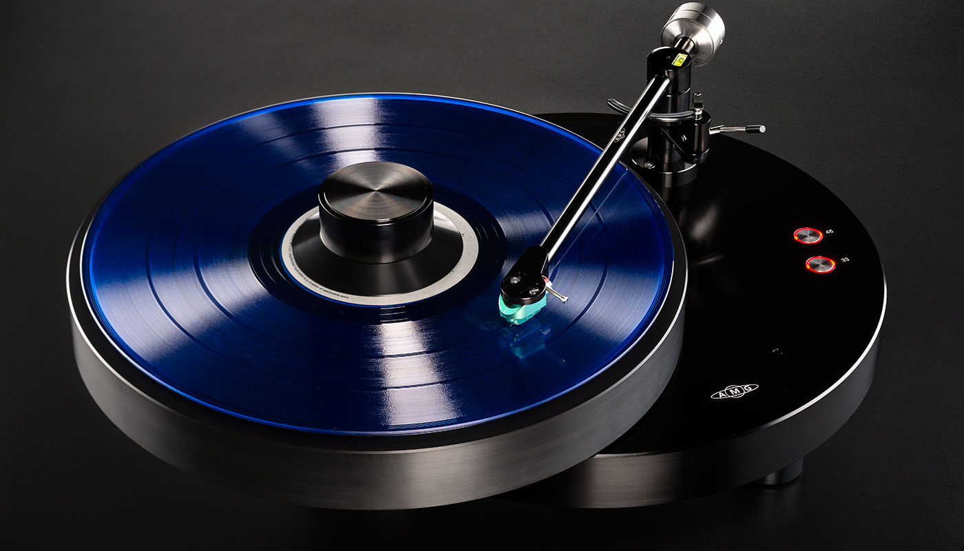 AMG Giro turntable and 9W2 tonearm Review