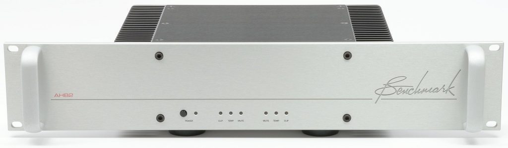 Benchmark Audio DAC3 DX and AHB2 amplifiers Review - Dagogo